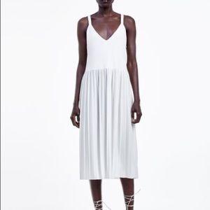 Zara Pleated white dress